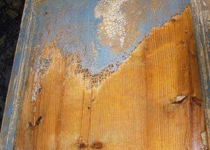 как удалить краску с деревянной поверхности