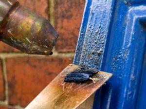 как удалить маслянную краску с деревянной поверхности