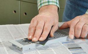 как отмыть водоэмульсионную краску с металла