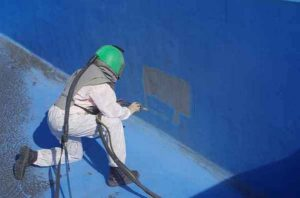 как смыть водоэмульсионную краску со стен