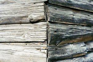 как удалить сажу с деревянной поверхности