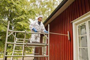 как убрать старую краску с дома