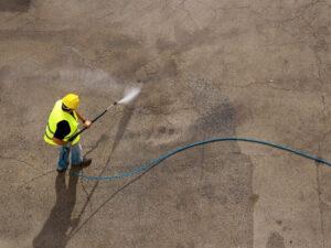 удаление масла с бетона