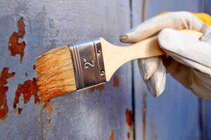 чем удалить старую краску с металла